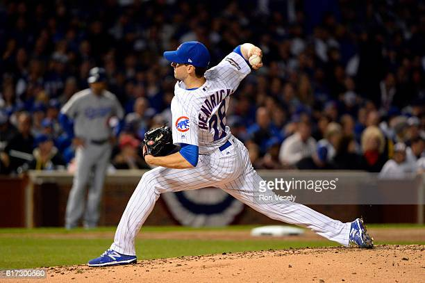 Kyle Hendricks of the Chicago Cubs pitches during Game 6 of the NLCS against the Los Angeles Dodgers at Wrigley Field on Saturday October 22 2016 in...
