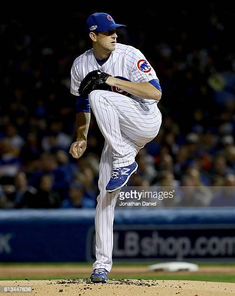 Kyle Hendricks of the Chicago Cubs pitches in the first inning against the San Francisco Giants at Wrigley Field on October 8 2016 in Chicago Illinois