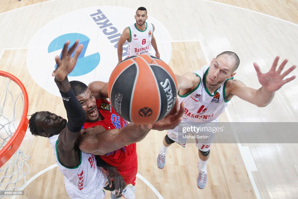 CSKA Moscow v Baskonia Vitoria Gasteiz - Turkish Airlines Euroleague Play off Leg One