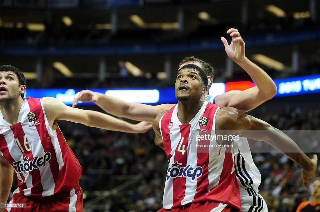 Kyle Hines,#4 of Olympiacos Piraeus in action during the Turkish Airlines EuroLeague Final game between Olympiacos Piraeus v Real Madrid at O2 Arena on May 12, 2013 in London, United Kingdom.