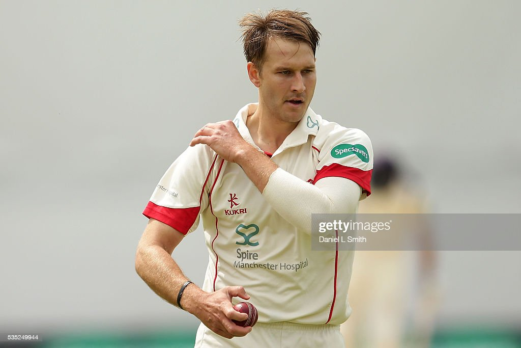 Kyle Jarvis of Lancashire prepares to bowl during day one of the Specsavers County Championship: Division One match between Yorkshire and Lancashire at Headingley on May 29, 2016 in Leeds, England.