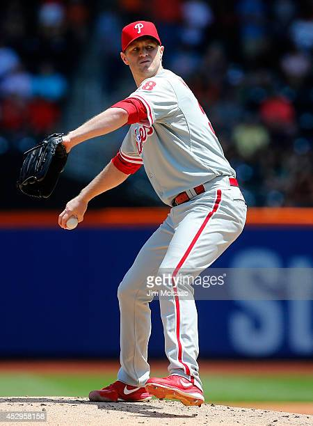 Kyle Kendrick of the Philadelphia Phillies in action against the New York Mets at Citi Field on July 30 2014 in the Flushing neighborhood of the...