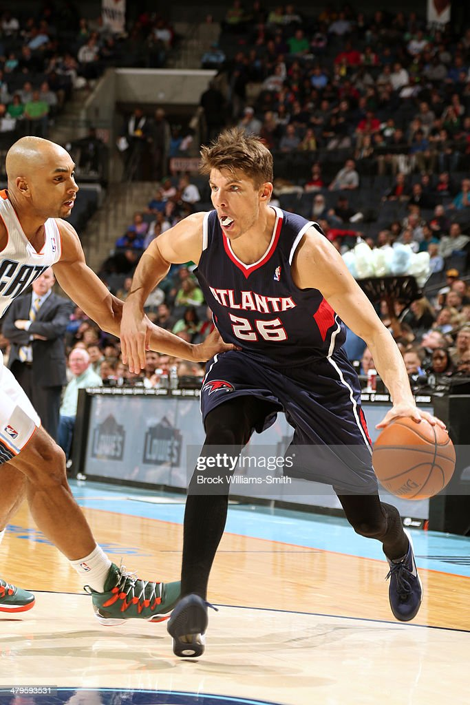 Kyle Korver #26 of the Atlanta Hawks drives to the basket during the game against the Charlotte Bobcats at the Time Warner Cable Arena on March 17, 2014 in Charlotte, North Carolina.