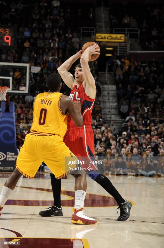 Kyle Korver #26 of the Atlanta Hawks looks to pass the ball against the Cleveland Cavaliers at The Quicken Loans Arena on December 28, 2012 in Cleveland, Ohio.