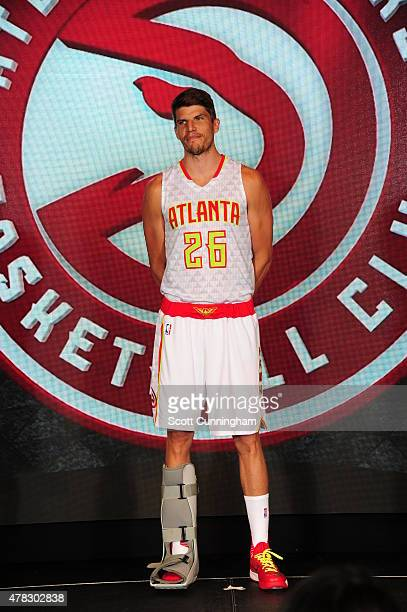 Kyle Korver of the Atlanta Hawks models the Hawks new uniform on June 24 2015 at Philips Arena in Atlanta Georgia NOTE TO USER User expressly...