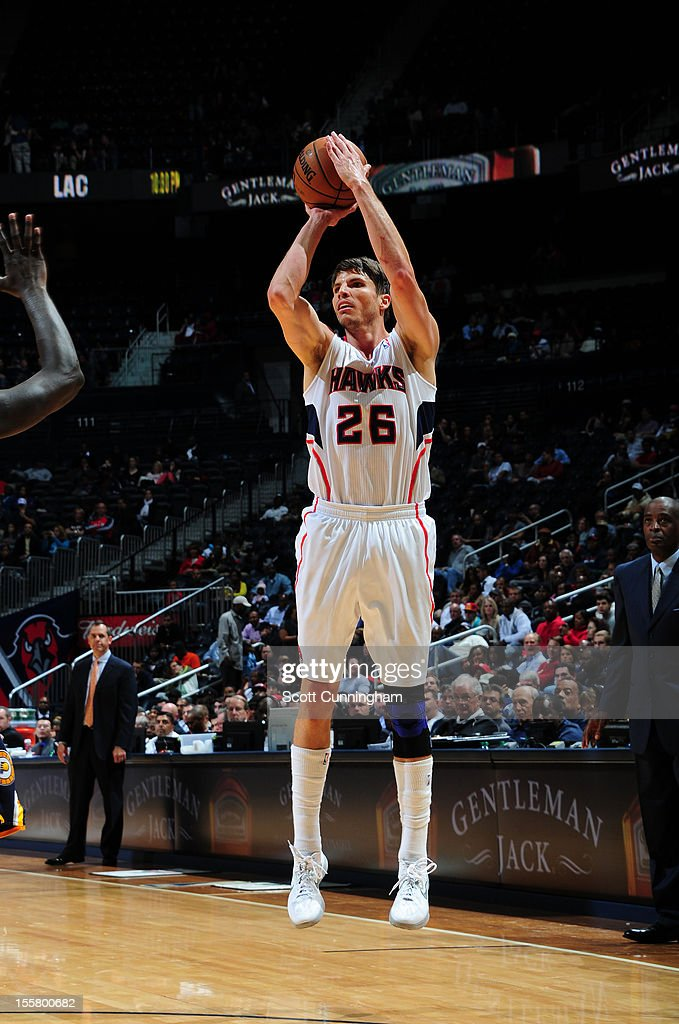 <a gi-track='captionPersonalityLinkClicked' href=/galleries/search?phrase=Kyle+Korver&family=editorial&specificpeople=202504 ng-click='$event.stopPropagation()'>Kyle Korver</a> #26 of the Atlanta Hawks shoots against the Indiana Pacers at Philips Arena on November 7, 2012 in Atlanta, Georgia.