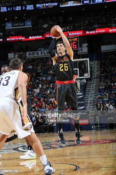 Kyle Korver of the Atlanta Hawks shoots the ball against the New Orleans Pelicans on November 6 2015 at Smoothie King Center in New Orleans Louisiana...