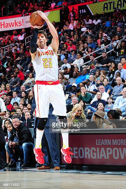 Kyle Korver of the Atlanta Hawks shoots the ball against the Washington Wizards during the game on November 7 2015 at Philips Arena in Atlanta...