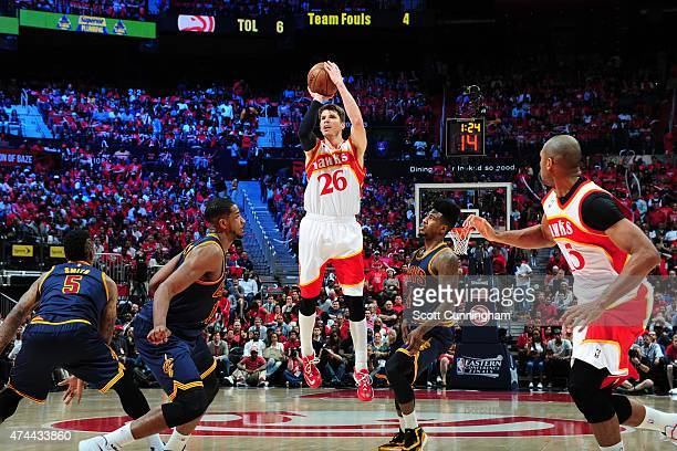 Kyle Korver of the Atlanta Hawks takes a shot against the Cleveland Cavaliers in Game Two of the Eastern Conference Finals of the NBA Playoffs on May...
