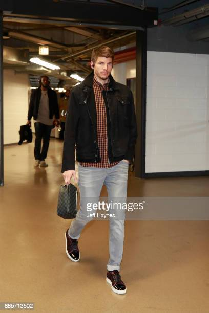 Kyle Korver of the Cleveland Cavaliers arrives before the game against the Chicago Bulls on December 4 2017 at the United Center in Chicago Illinois...