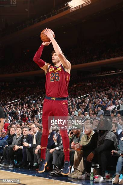 Kyle Korver of the Cleveland Cavaliers shoots the ball against the New York Knicks on November 13 2017 at Madison Square Garden in New York City New...