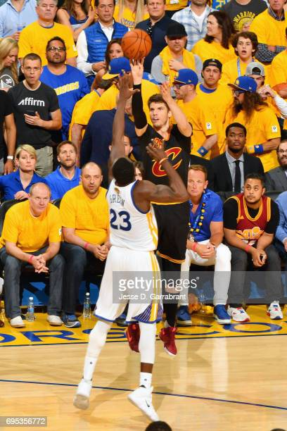 Kyle Korver of the Cleveland Cavaliers shoots the ball during the game against the Golden State Warriors in Game Five of the 2017 NBA Finals on June...