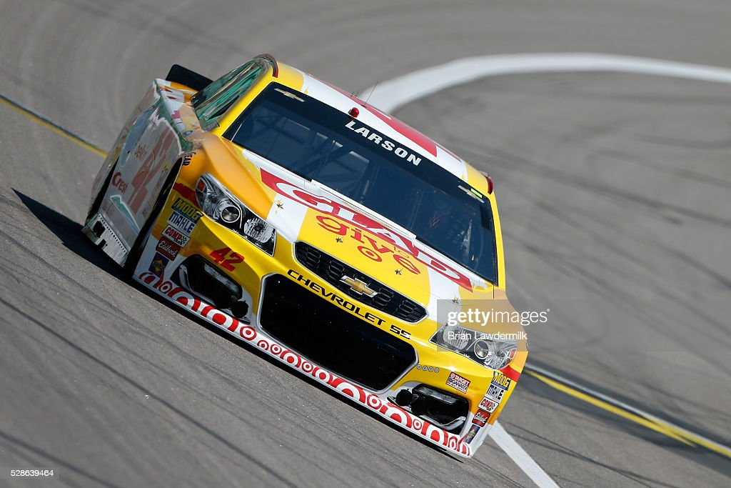 Kyle Larson, driver of the #42 Clorox Chevrolet, drives during practice for the NASCAR Sprint Cup Series Go Bowling 400 at Kansas Speedway on May 6, 2016 in Kansas City, Kansas.