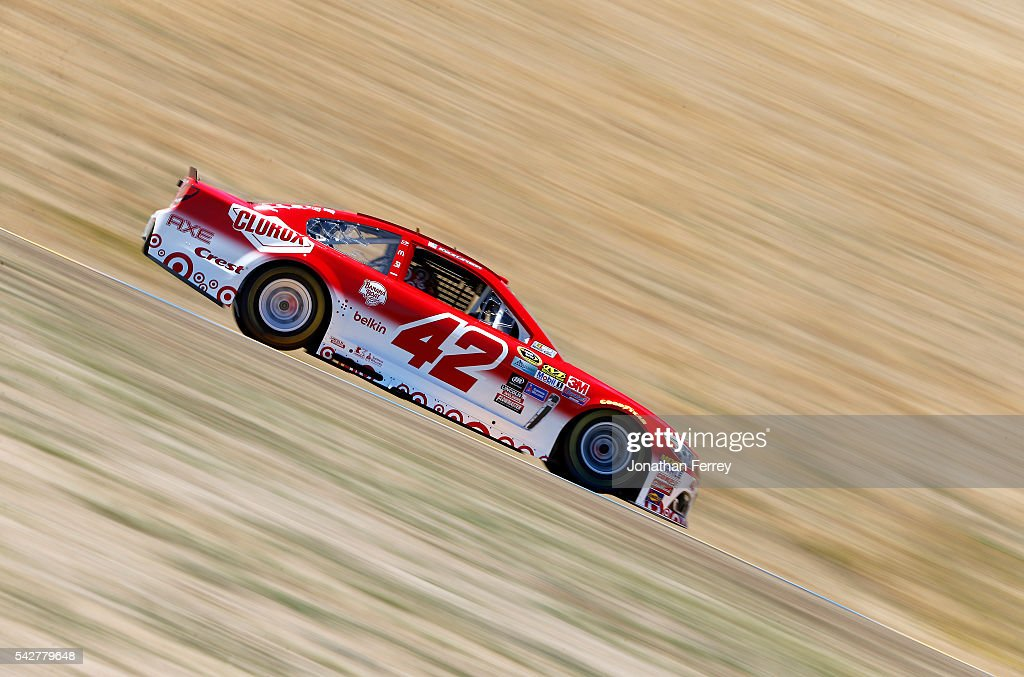 <a gi-track='captionPersonalityLinkClicked' href=/galleries/search?phrase=Kyle+Larson+-+Race+Car+Driver&family=editorial&specificpeople=2115989 ng-click='$event.stopPropagation()'>Kyle Larson</a>, driver of the #42 Target Chevrolet, drives during practice for the NASCAR Sprint Cup Series Toyota/Save Mart 350 at Sonoma Raceway on June 24, 2016 in Sonoma, California.