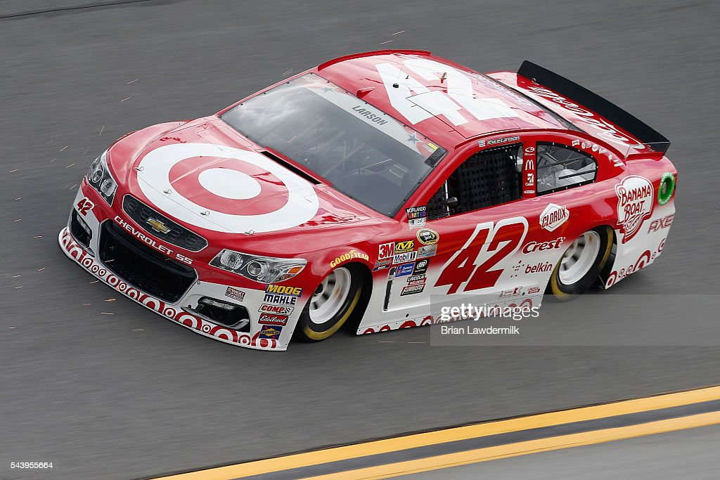 <a gi-track='captionPersonalityLinkClicked' href=/galleries/search?phrase=Kyle+Larson+-+Race+Car+Driver&family=editorial&specificpeople=2115989 ng-click='$event.stopPropagation()'>Kyle Larson</a>, driver of the #42 Target Chevrolet, practices for the NASCAR Sprint Cup Series Coke Zero 400 at Daytona International Speedway on June 30, 2016 in Daytona Beach, Florida.