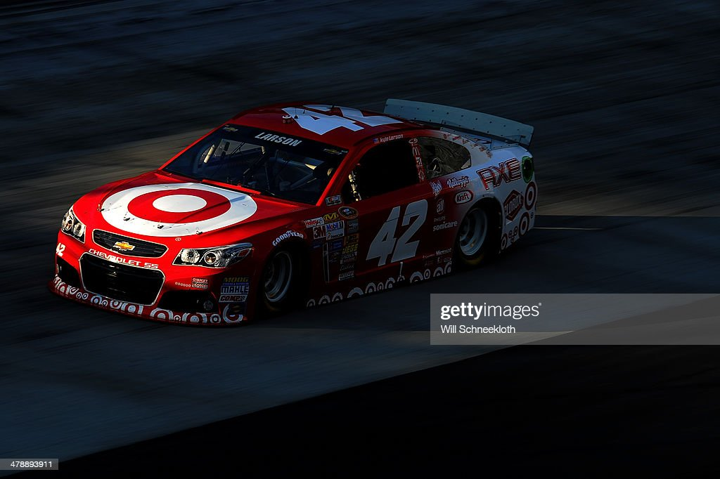 <a gi-track='captionPersonalityLinkClicked' href=/galleries/search?phrase=Kyle+Larson&family=editorial&specificpeople=2115989 ng-click='$event.stopPropagation()'>Kyle Larson</a> drives the #42 Target Chevrolet during practice for the NASCAR Sprint Cup Series Food City 500 at Bristol Motor Speedway on March 15, 2014 in Bristol, Tennessee.