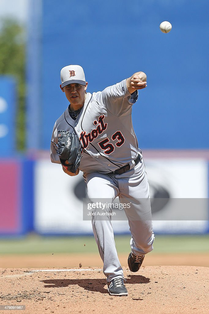 Kyle Lobstein #53 of the Detroit Tigers throws the ball against the New York Mets in the first inning during a spring training game at Tradition Field on March 18, 2014 in Port St. Lucie, Florida.