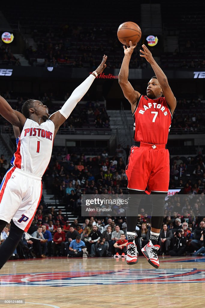 <a gi-track='captionPersonalityLinkClicked' href=/galleries/search?phrase=Kyle+Lowry&family=editorial&specificpeople=714625 ng-click='$event.stopPropagation()'>Kyle Lowry</a> #7 of the Toronto Raptors shoots against <a gi-track='captionPersonalityLinkClicked' href=/galleries/search?phrase=Reggie+Jackson+-+Basketball+Player+-+Born+1990&family=editorial&specificpeople=11492775 ng-click='$event.stopPropagation()'>Reggie Jackson</a> #1 of the Detroit Pistons on February 8, 2016 at The Palace of Auburn Hills in Auburn Hills, Michigan.
