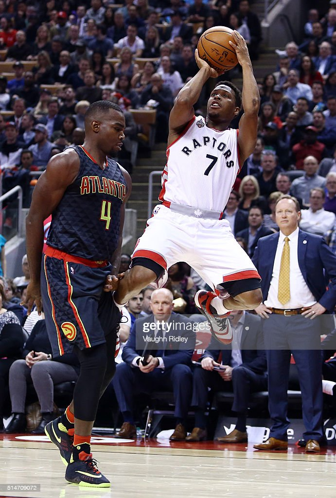 Kyle Lowry #7 of the Toronto Raptors shoots the ball during the first half of an NBA game against the Atlanta Hawks at the Air Canada Centre on March 10, 2016 in Toronto, Ontario, Canada.