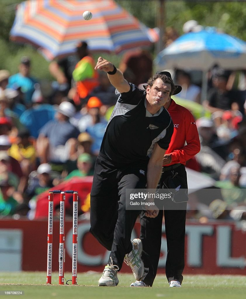 Kyle Mills of New Zealand bowls during the 1st One Day International match between South Africa and New Zealand at Boland Park on January 19, 2013 in Paarl, South Africa.