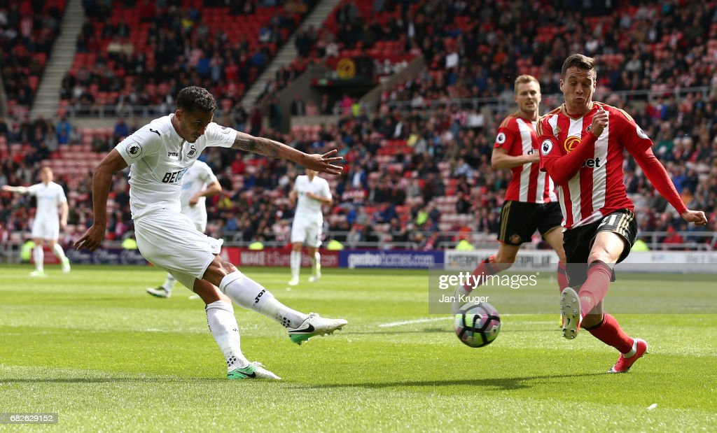 Kyle Naughton of Swansea City scores his sides second goal during the Premier League match between Sunderland and Swansea City at Stadium of Light on May 13, 2017 in Sunderland, England.