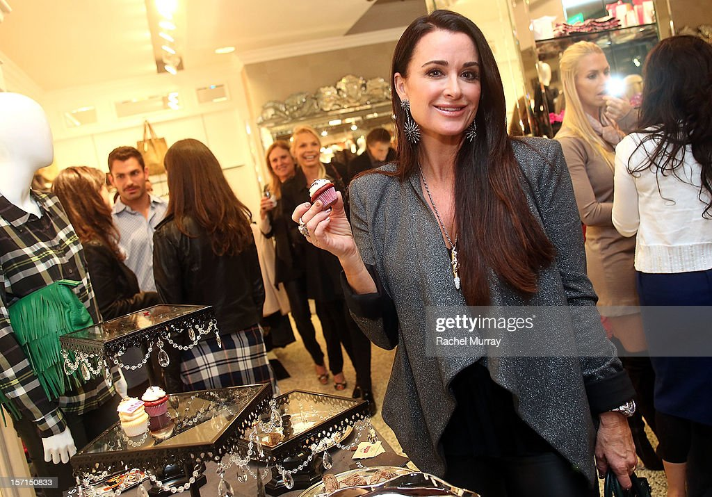 Kyle Richards attends Kyle By Alene Too holiday shopping event featuring Bullets For Peace benefiting Safe Passage Charity on November 28, 2012 in Beverly Hills, California.