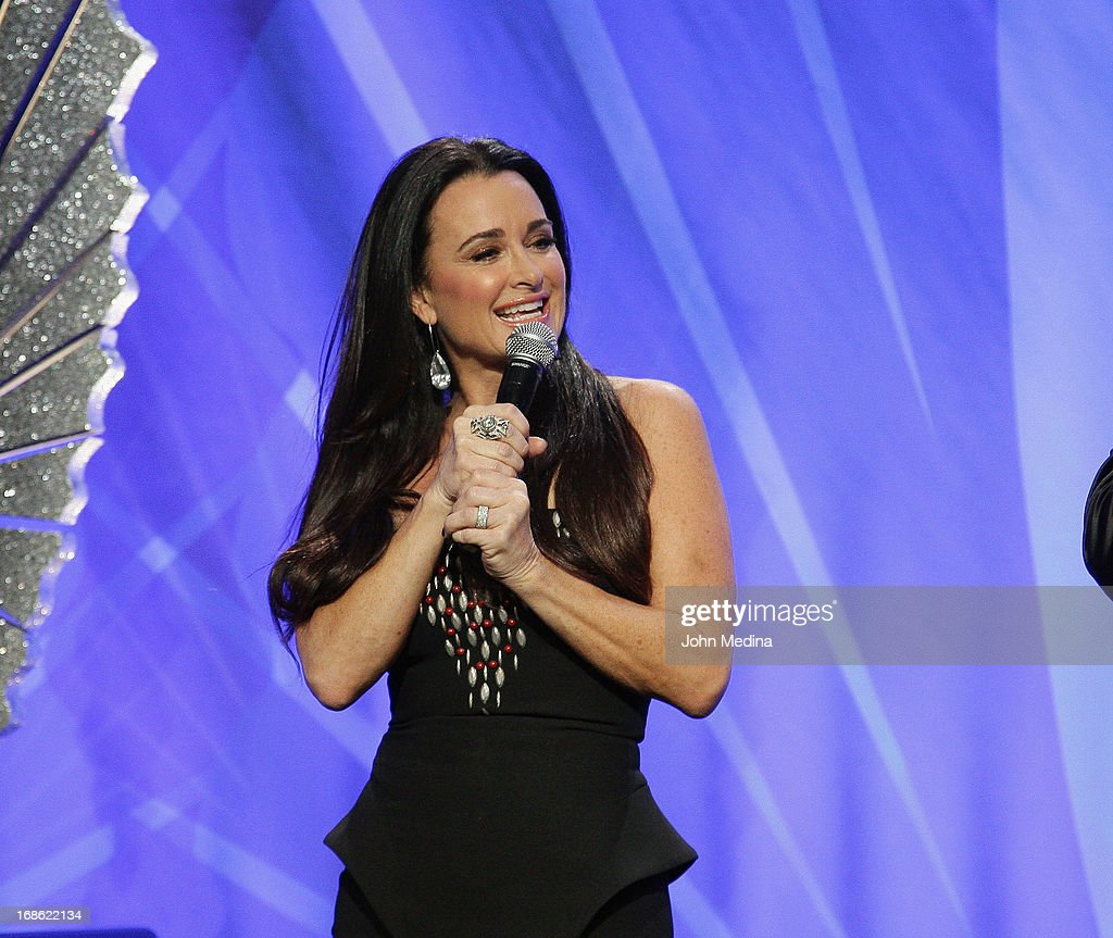Kyle Richards conducts an auction during the 24th Annual GLAAD Media Awards at the Hilton San Francisco - Union Square on May 11, 2013 in San Francisco, California.