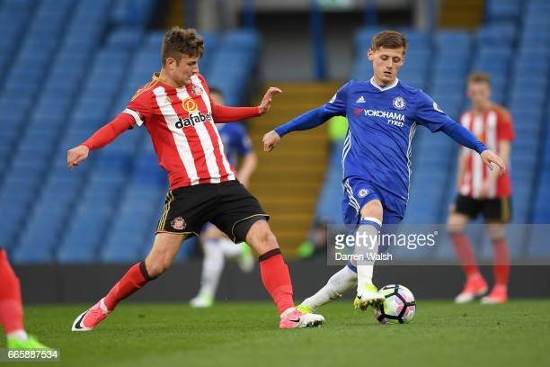 Kyle Scott of Chelsea and Ethan Robson of Sunderland during a Premier League 2 match between Chelsea and Sunderland at Stamford Bridge on April 7...