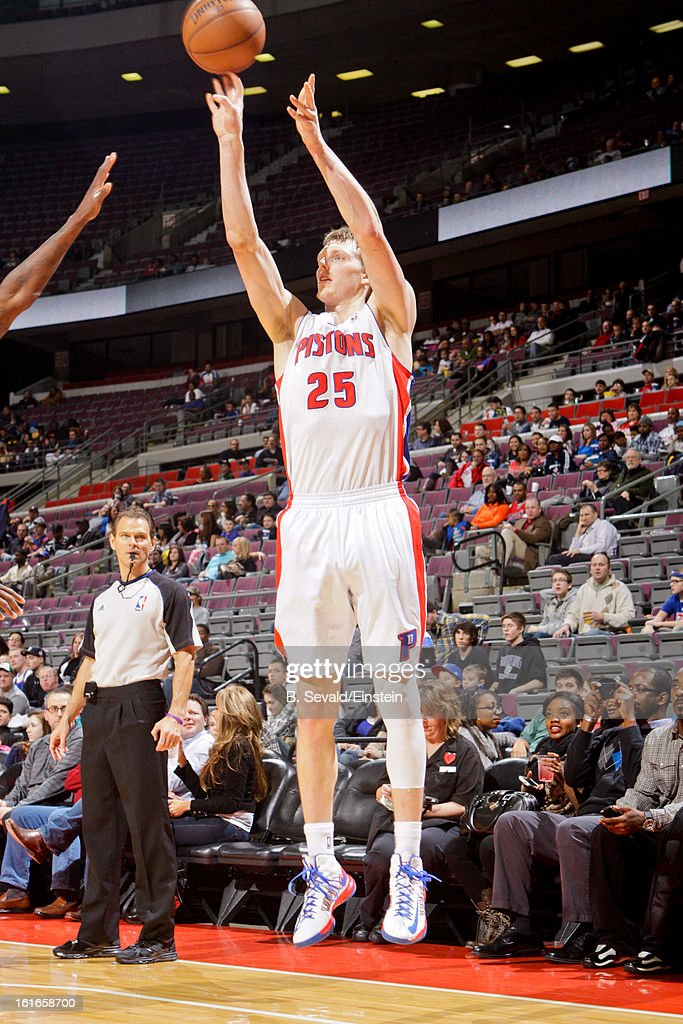 Kyle Singler #25 of the Detroit Pistons shoots a three-pointer against the Washington Wizards on February 13, 2013 at The Palace of Auburn Hills in Auburn Hills, Michigan.