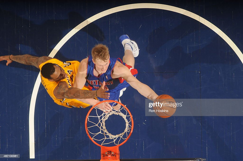 <a gi-track='captionPersonalityLinkClicked' href=/galleries/search?phrase=Kyle+Singler&family=editorial&specificpeople=4216029 ng-click='$event.stopPropagation()'>Kyle Singler</a> #25 of the Detroit Pistons shoots against the Indiana Pacers at Bankers Life Fieldhouse on April 2, 2014 in Indianapolis, Indiana.