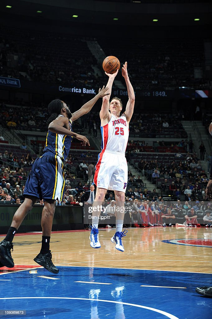 Kyle Singler #25 of the Detroit Pistons shoots at the top of the key against the Utah Jazz during the game on January 12, 2013 at The Palace of Auburn Hills in Auburn Hills, Michigan.