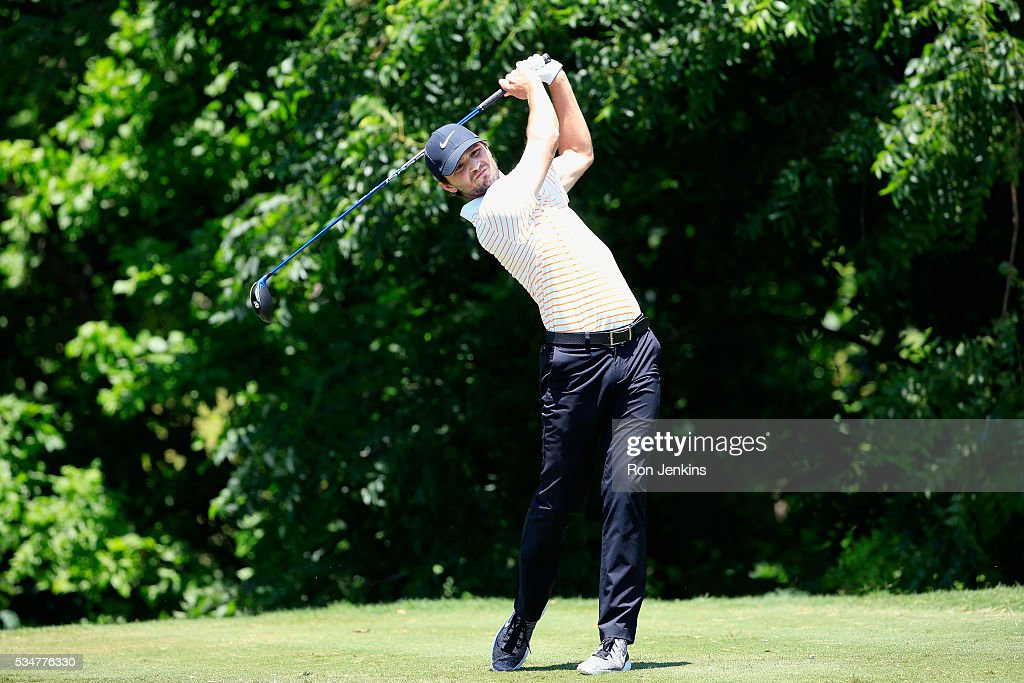 <a gi-track='captionPersonalityLinkClicked' href=/galleries/search?phrase=Kyle+Stanley+-+Golfer&family=editorial&specificpeople=8827308 ng-click='$event.stopPropagation()'>Kyle Stanley</a> plays his shot from the sixth tee during the Second Round of the DEAN & DELUCA Invitational at Colonial Country Club on May 27, 2016 in Fort Worth, Texas.