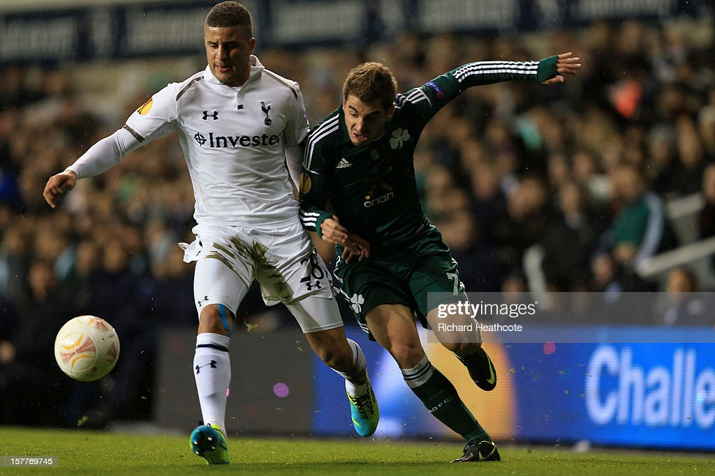 <a gi-track='captionPersonalityLinkClicked' href=/galleries/search?phrase=Kyle+Walker&family=editorial&specificpeople=5609702 ng-click='$event.stopPropagation()'>Kyle Walker</a> of Tottenham Hotspur and Charalambos Mavrias of Panathinaikos battle for the ball during the UEFA Europa League Group J match between Tottenham Hotspur and Panathinaikos at White Hart Lane on December 6, 2012 in London, England.