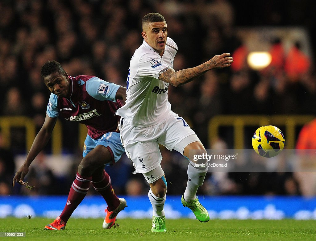 <a gi-track='captionPersonalityLinkClicked' href=/galleries/search?phrase=Kyle+Walker&family=editorial&specificpeople=5609702 ng-click='$event.stopPropagation()'>Kyle Walker</a> of Tottenham Hotspur and Modibo Maiga of West Ham United compete for the ball during the Barclays Premier League match between Tottenham Hotspur and West Ham United at White Hart Lane on November 25, 2012 in London, England.