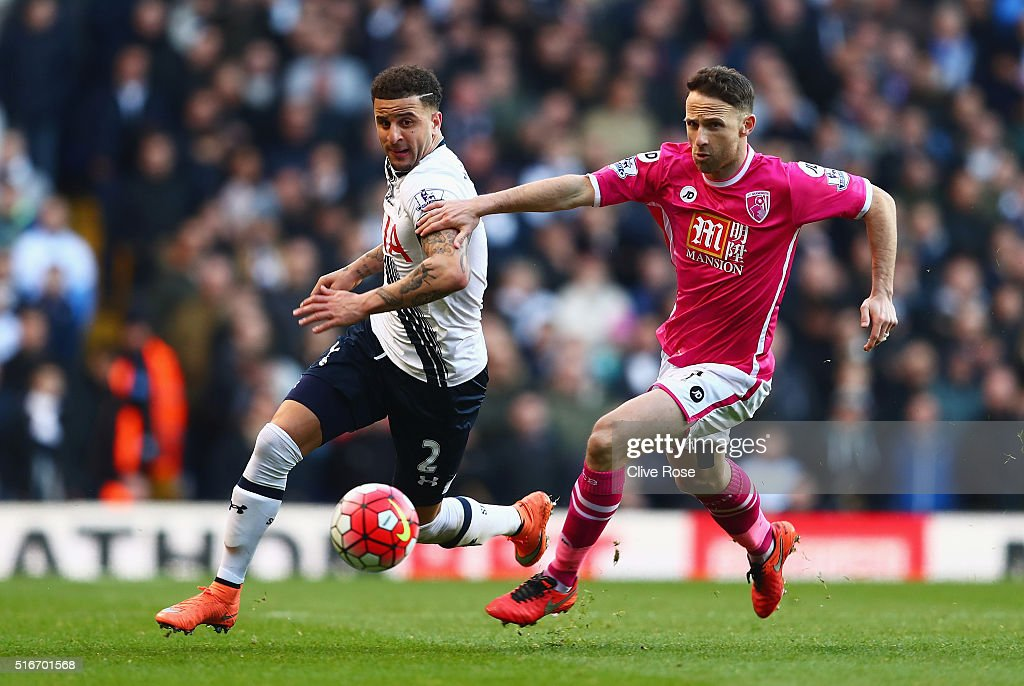 <a gi-track='captionPersonalityLinkClicked' href=/galleries/search?phrase=Kyle+Walker&family=editorial&specificpeople=5609702 ng-click='$event.stopPropagation()'>Kyle Walker</a> of Tottenham Hotspur is chased by <a gi-track='captionPersonalityLinkClicked' href=/galleries/search?phrase=Marc+Pugh&family=editorial&specificpeople=5831744 ng-click='$event.stopPropagation()'>Marc Pugh</a> of Bournemouth during the Barclays Premier League match between Tottenham Hotspur and A.F.C. Bournemouth at White Hart Lane on March 20, 2016 in London, United Kingdom.