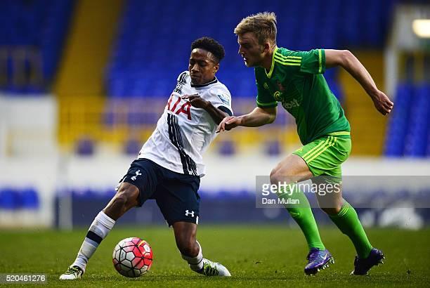 Kyle WalkerPeters of Tottenham Hotspur holds off Martin Smith of Sunderland during the Barclays U21 Premier League match between Tottenham Hotspur...