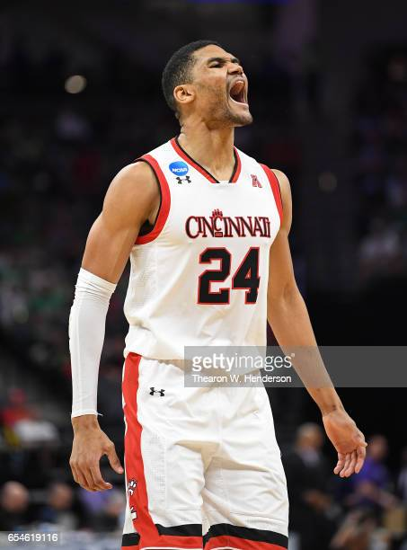 Kyle Washington of the Cincinnati Bearcats celebrates the play against the Kansas State Wildcats during the first round of the 2017 NCAA Men's...