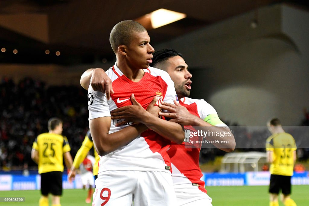 As Monaco v Borussia Dortmund  - Uefa Champions League : News Photo