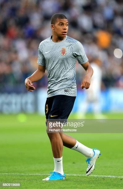 Kylian Mbappe of AS Monaco warms up prior to during the UEFA Champions League Semi Final second leg match between Juventus and AS Monaco at Juventus...