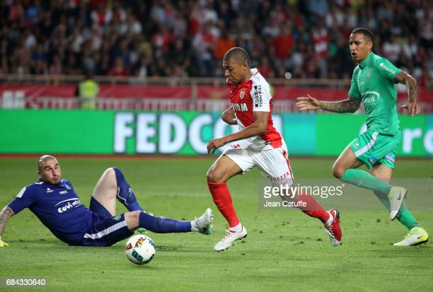 Kylian Mbappe of Monaco goes past goalkeeper of SaintEtienne Stephane Ruffier to score his goal during the French Ligue 1 match between AS Monaco and...