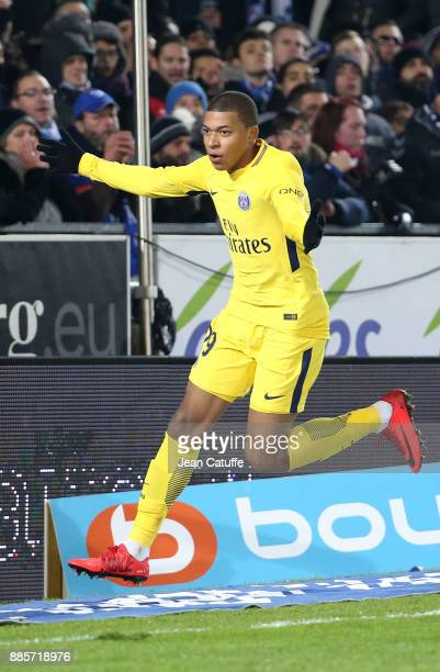 Kylian Mbappe of PSG celebrates his goal during the French Ligue 1 match between RC Strasbourg Alsace and Paris Saint Germain at Stade de la Meinau...