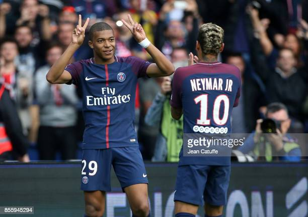Kylian Mbappe of PSG celebrates his goal with Neymar Jr during the French Ligue 1 match between Paris SaintGermain and FC Girondins de Bordeaux at...