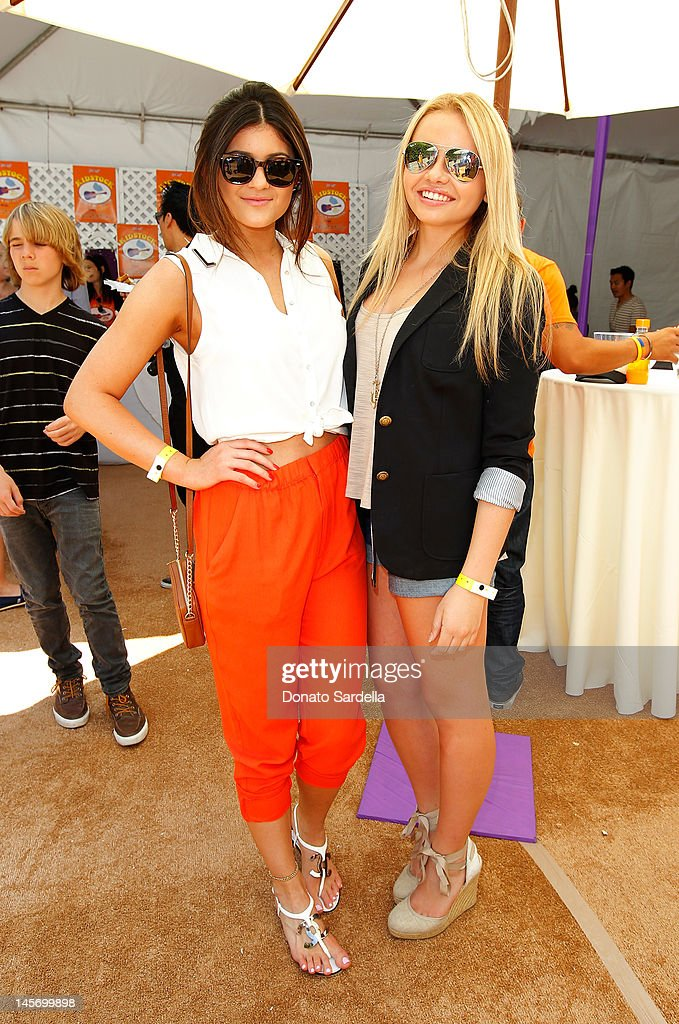 <a gi-track='captionPersonalityLinkClicked' href=/galleries/search?phrase=Kylie+Jenner&family=editorial&specificpeople=870409 ng-click='$event.stopPropagation()'>Kylie Jenner</a> and Alli Simpson attend 6th Annual Kidstock Music And Arts Festival Sponsored By Hudson Jeans at Greystone Mansion on June 3, 2012 in Beverly Hills, California.