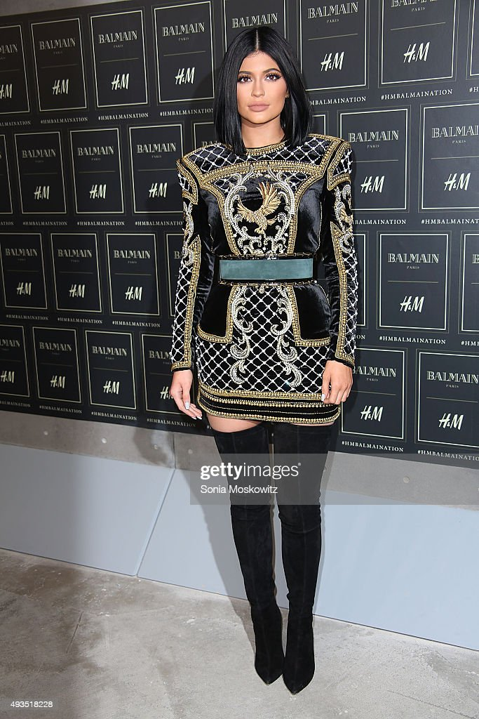 Kylie Jenner arrives at the BALMAIN X H&M collection launch event at 23 Wall Street on October 20, 2015 in New York City.