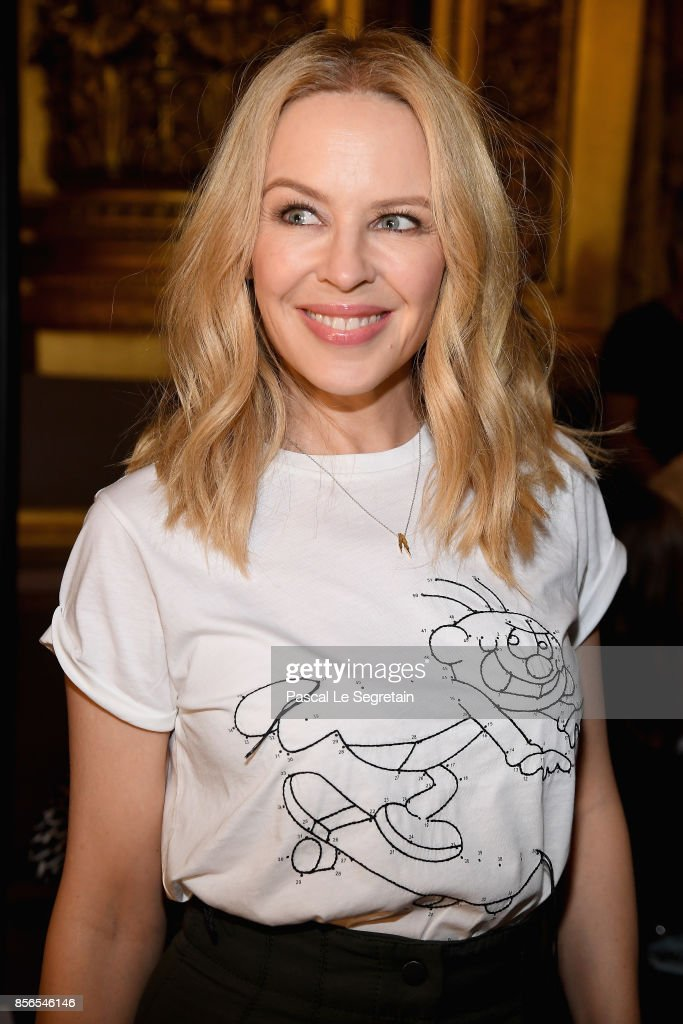 Kylie Minogue attends the Stella McCartney show as part of the Paris Fashion Week Womenswear Spring/Summer 2018 on October 2, 2017 in Paris, France.