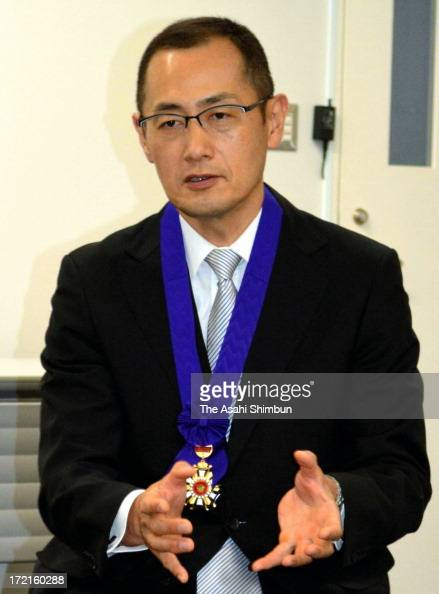 Kyoto University professor and Nobel Prize laureate Shinya Yamanaka speaks to media reporters after receiving Honorary Ctizen of Higashi Osaka City...
