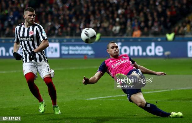 Kyriakos Papadopoulos of Hamburg kicks the ball during the Bundesliga match between Eintracht Frankfurt and Hamburger SV at CommerzbankArena on March...