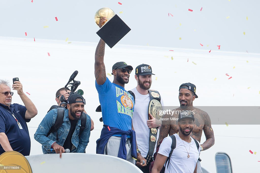 <a gi-track='captionPersonalityLinkClicked' href=/galleries/search?phrase=Kyrie+Irving&family=editorial&specificpeople=6893971 ng-click='$event.stopPropagation()'>Kyrie Irving</a> #2, <a gi-track='captionPersonalityLinkClicked' href=/galleries/search?phrase=LeBron+James&family=editorial&specificpeople=201474 ng-click='$event.stopPropagation()'>LeBron James</a> #23, <a gi-track='captionPersonalityLinkClicked' href=/galleries/search?phrase=Tristan+Thompson&family=editorial&specificpeople=5799092 ng-click='$event.stopPropagation()'>Tristan Thompson</a> #13, <a gi-track='captionPersonalityLinkClicked' href=/galleries/search?phrase=Kevin+Love&family=editorial&specificpeople=4212726 ng-click='$event.stopPropagation()'>Kevin Love</a> #0 and <a gi-track='captionPersonalityLinkClicked' href=/galleries/search?phrase=J.R.+Smith&family=editorial&specificpeople=201766 ng-click='$event.stopPropagation()'>J.R. Smith</a> #5 of the Cleveland Cavaliers return to Cleveland after wining the NBA Championships on June 20, 2016 in Cleveland, Ohio.