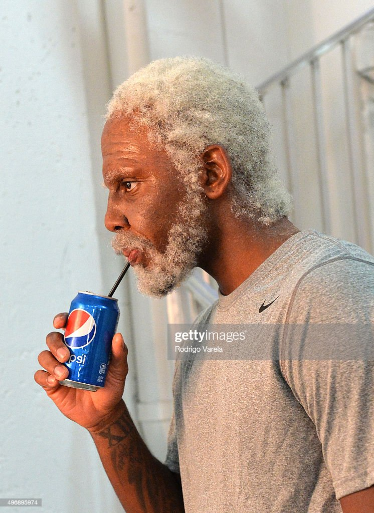 Kyrie irving on set at pepsi s uncle drew chapter 4 shoot with kyrie