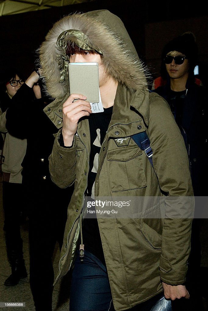 Kyuhyun of South Korean boy band Super Junior is seen at Incheon International Airport on November 22, 2012 in Incheon, South Korea.